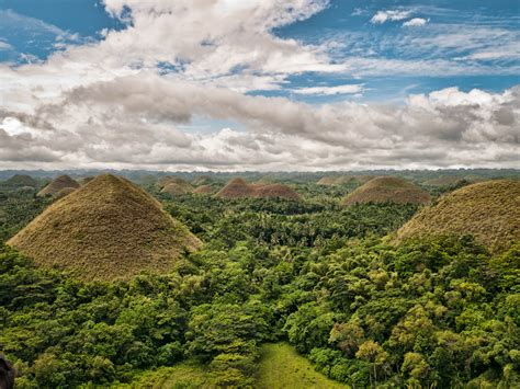 Chocolate Hills Natural Monument - Hill in Bohol