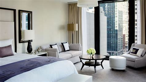 Luxury Hotel Suite with Club Lounge Access | The Langham