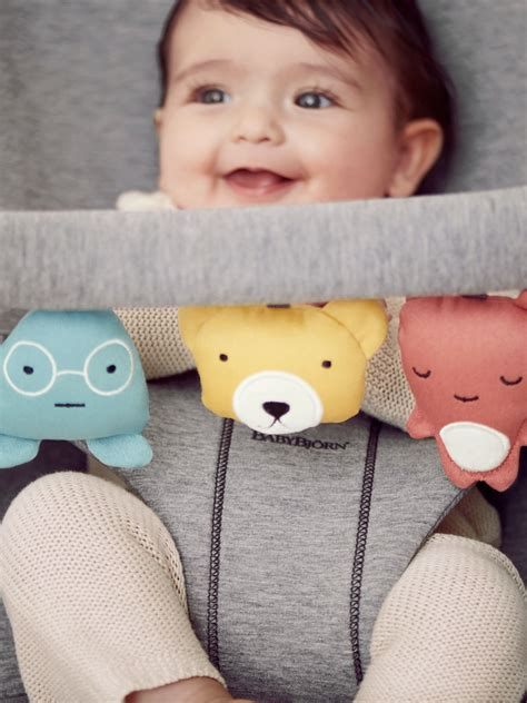 Soft and fun toy for baby bouncer   BABYBJÖRN